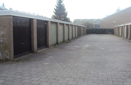 Te huur stallings/opslagruimte De Kruigang Malden